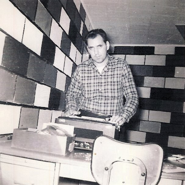 Roland Janes founds Sonic recording in the early 60's