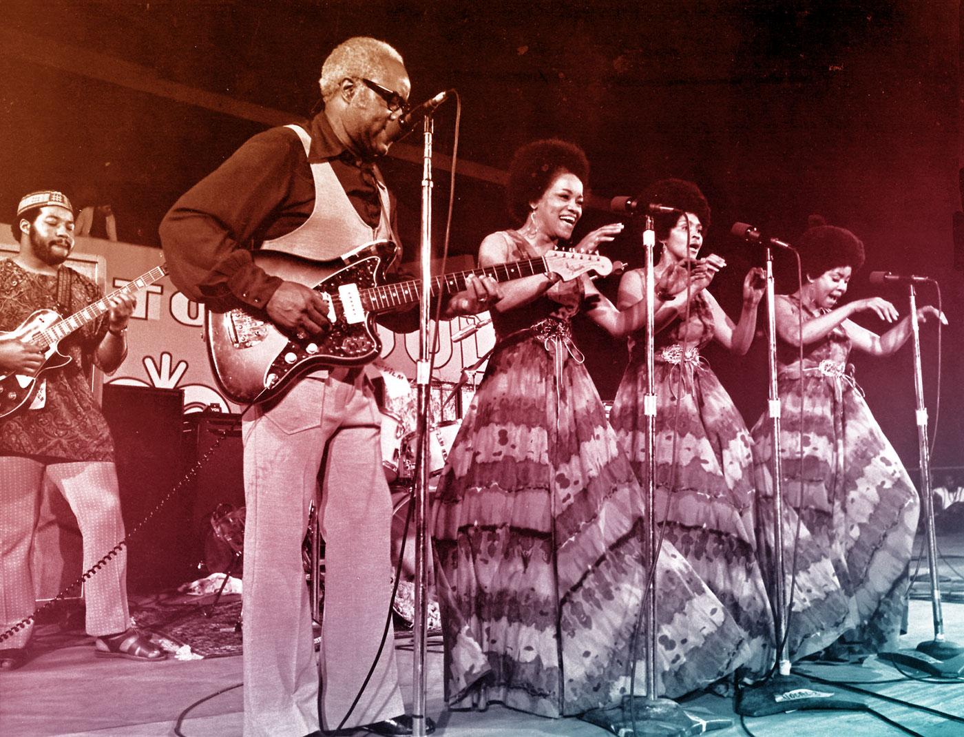 The Staples Singers perform in Ghana, 1971